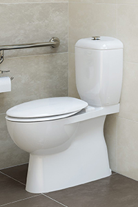CLOSE COUPLED PANS, suit specific cisterns as the cistern bolts directly to the pan.